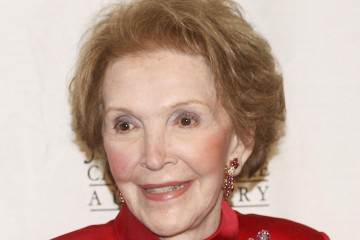 BEVERLY HILLS, CA - APRIL 8:  Honoree and former First Lady Nancy Reagan poses at the John Wayne Cancer Institute Auxiliary's 21st Annual Odyssey Ball  at the Beverly Hilton on April 8, 2006 in Beverly Hills, California. (Photo by Kevin Winter/Getty Images)