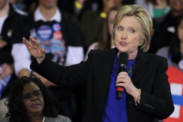 Mar 28, 2016 - Milwaukee, Wisconsin, U.S. - Candidate for the Democratic nomination HILLARY CLINTON campaigns in Milwaukee at the Mary Ryan Boys and Girls Club. (Credit Image: � Pat A. Robinson /ZUMA Wire/ZUMAPRESS.com)